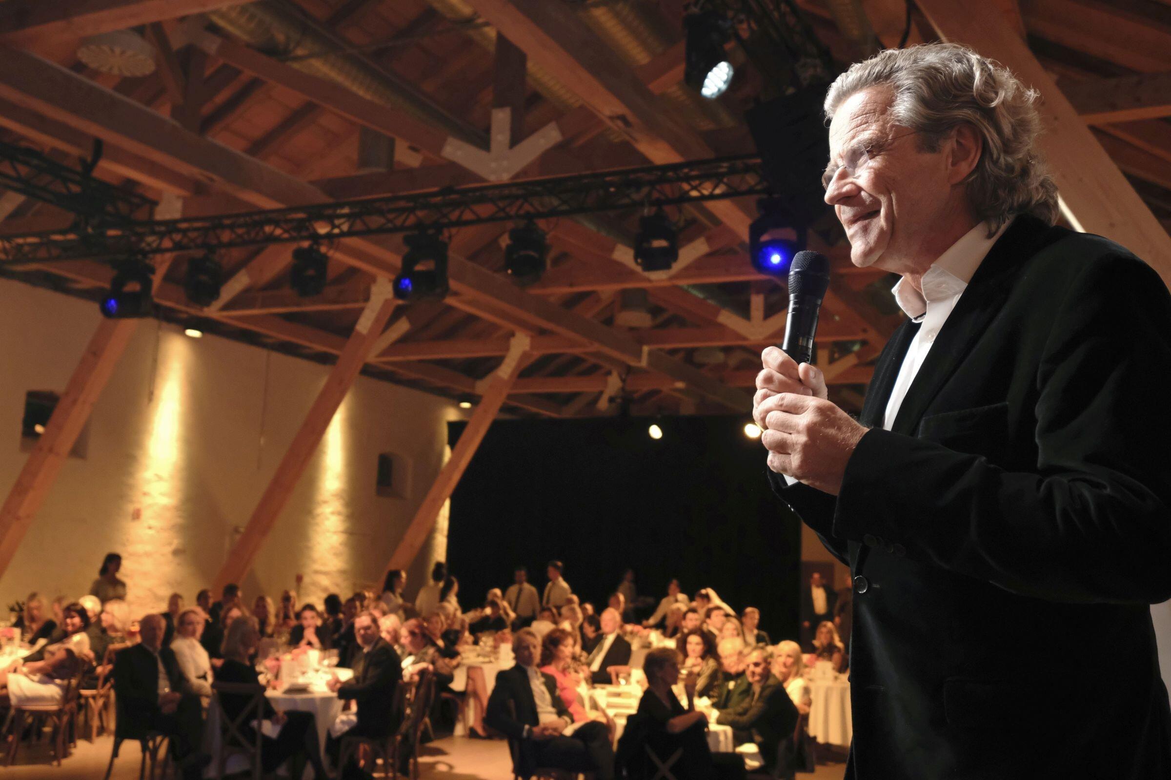 Dr. Florian Langenscheidt (Gründer Children for a better World und Vorsitzender des CHILDREN Kuratoriums)