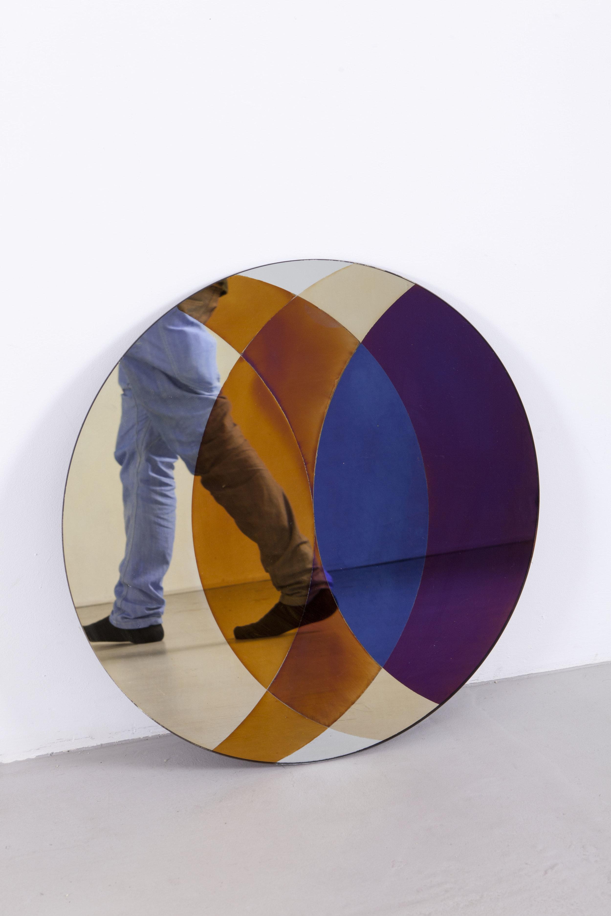transnatural_Transience_mirror_circle+feet_byfloorknaapen_26.jpg