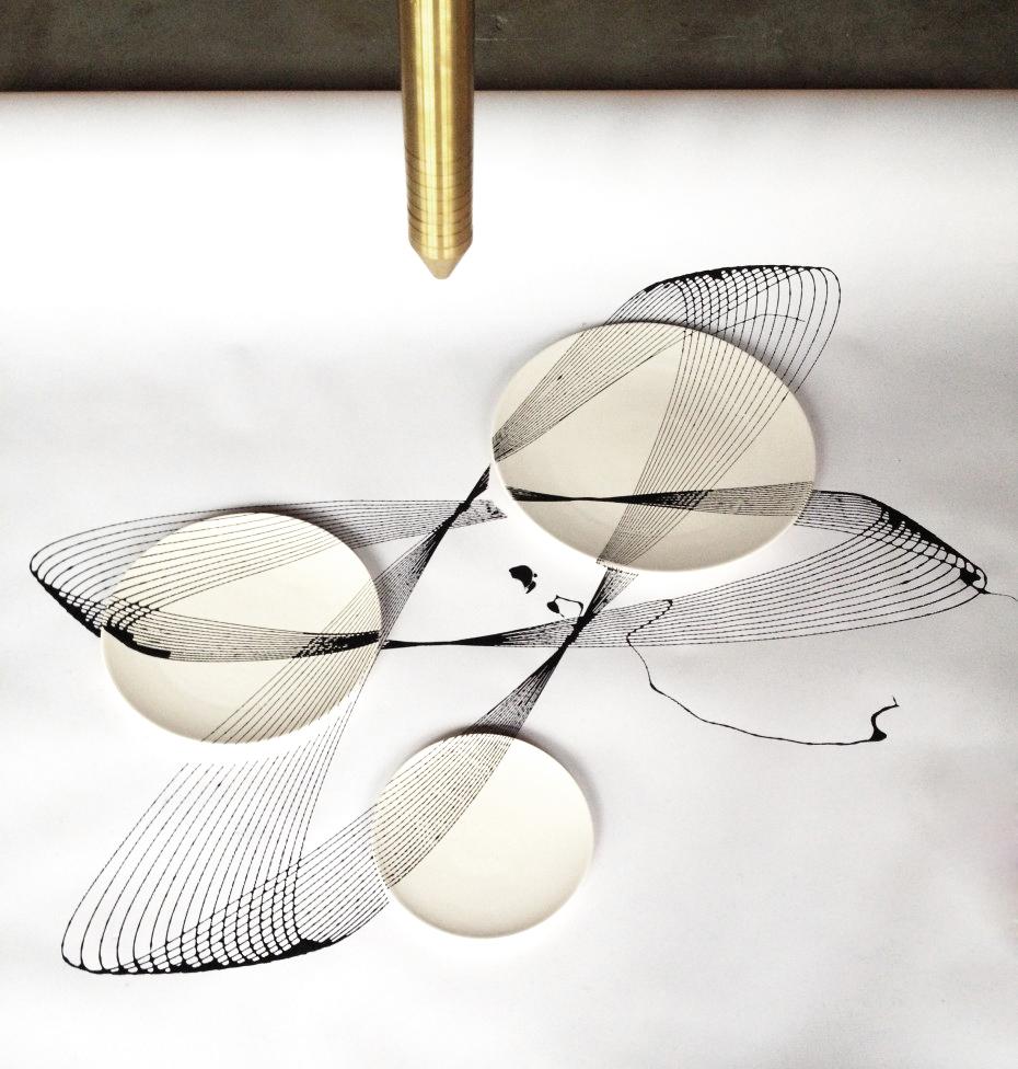 Oscillation plates-pendulum-David Derksen Design.jpg