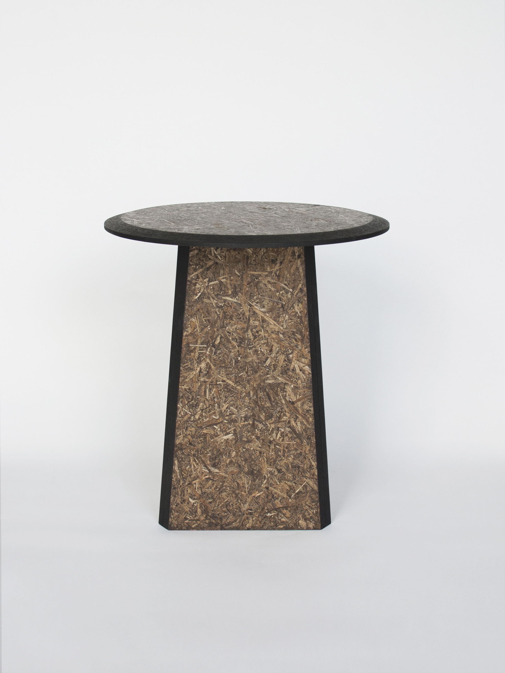 Straw sidetables -black_side view- David Derksen Design.jpg
