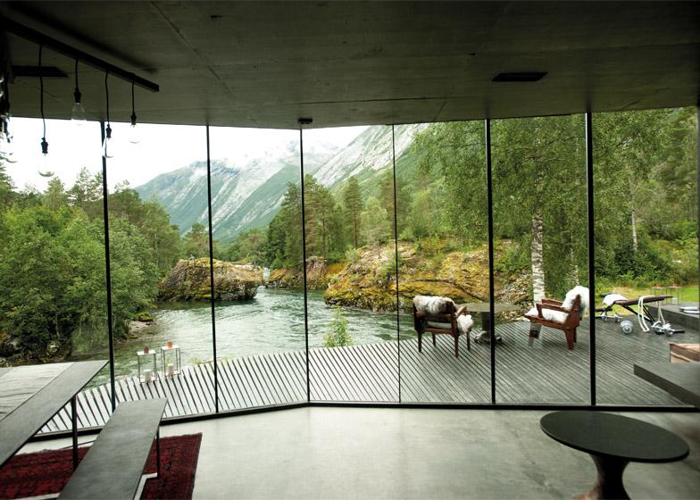 Juvet-Landscape-Hotel_Jensen-Skodvin-Architects_b_Ex-Machina-set_dezeen_784_4.jpg