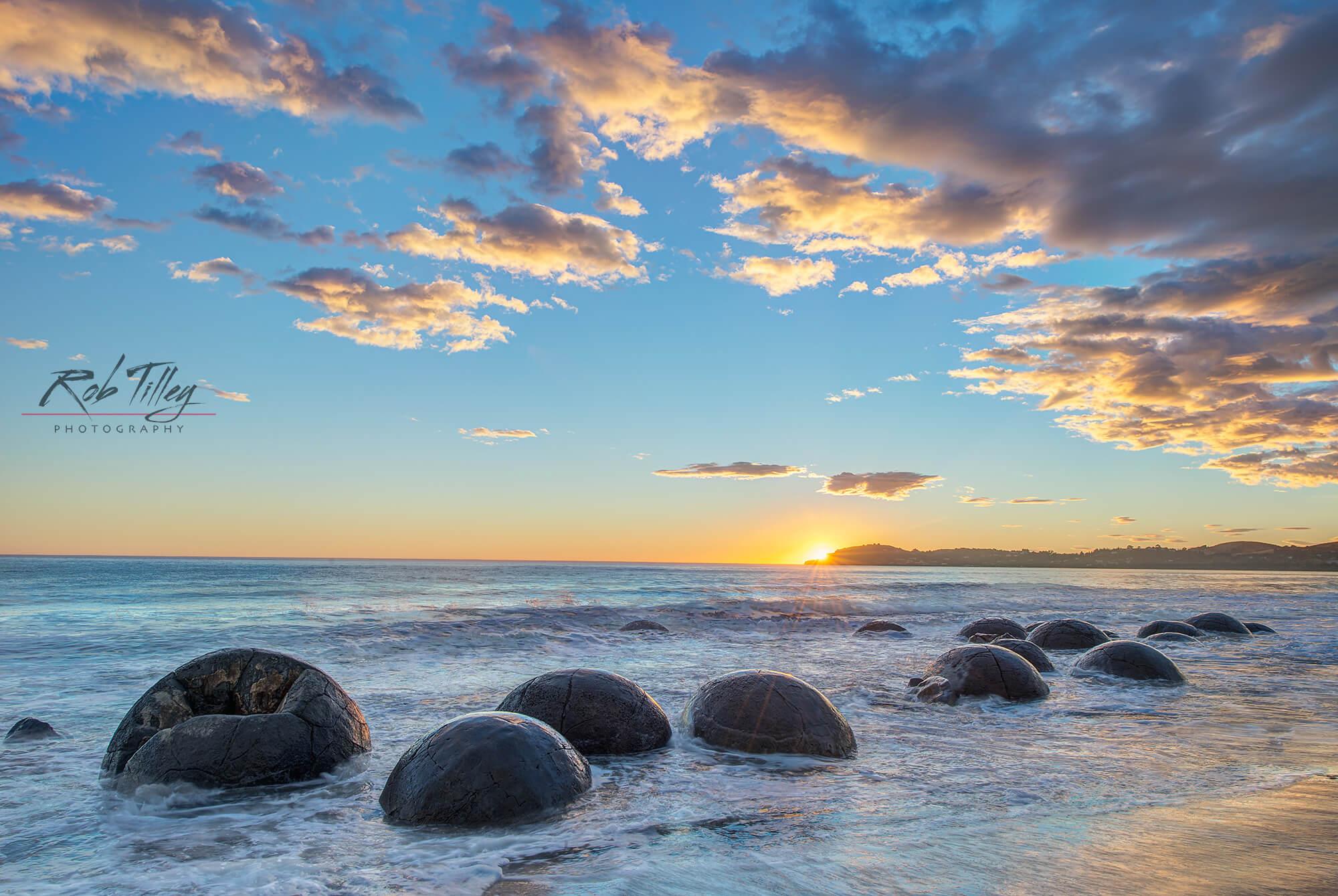 Moeraki Sunrise I.jpg