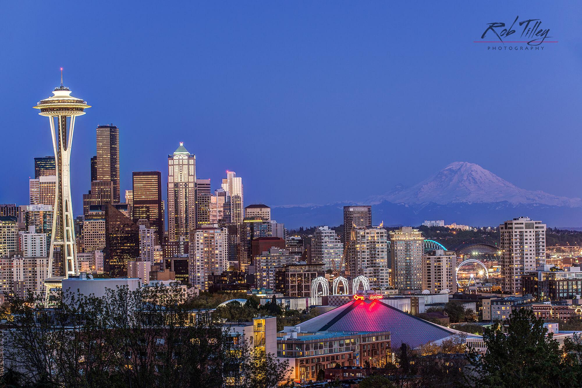 Twilight Mountain City