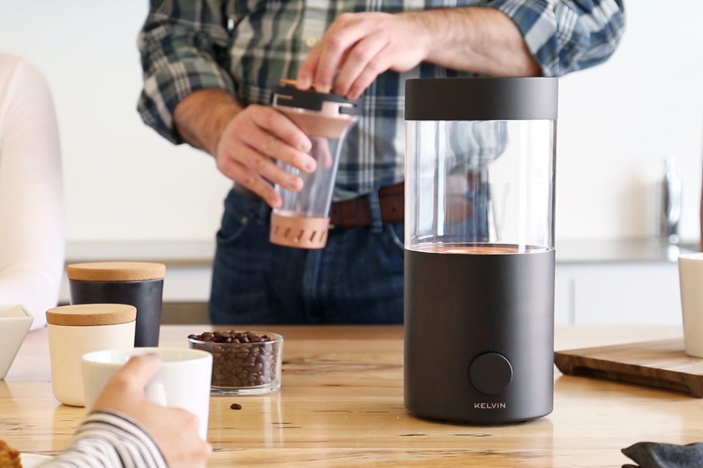 Elegant design - Kelvin is for everybody; designed for the first-time explorer to the seasoned do-it-yourself coffee aficionado. It's now easy for everyone to experiment and discover the amazing complexity of craft coffee with set-and-go, perfectly roasted beans at any time of the day.