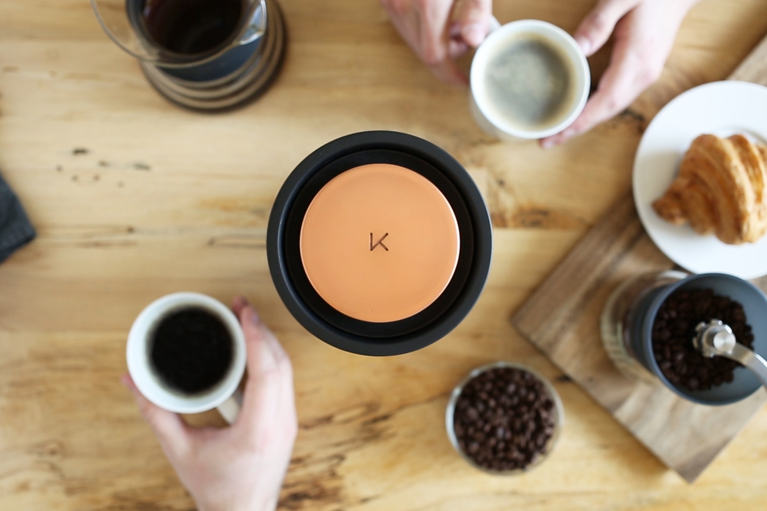 Experience Freshness - Roast on-demand for the best cup of coffee you've ever tasted, with bright vibrant flavors.Kelvin is the best way to guarantee your coffee is always fresh. Its efficient roast cycle delivers roasted coffee in less than 10 minutes, allowing you to discover the incredible taste of freshly roasted coffee, whenever you want it.