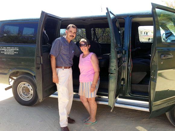 Mex-donated-van-tu-hogar-1.jpg