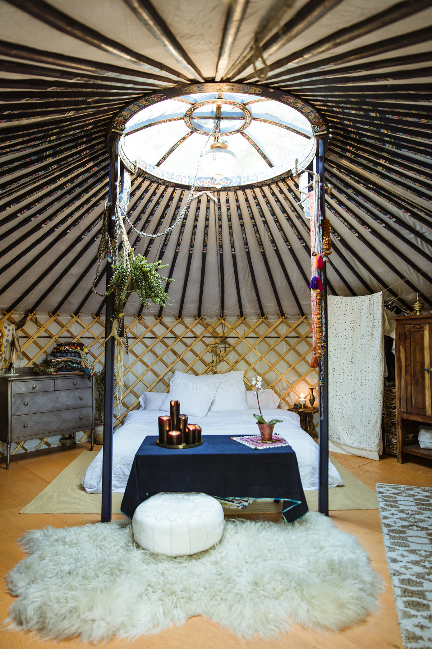 Yurt-bedroom-site_1390.jpg
