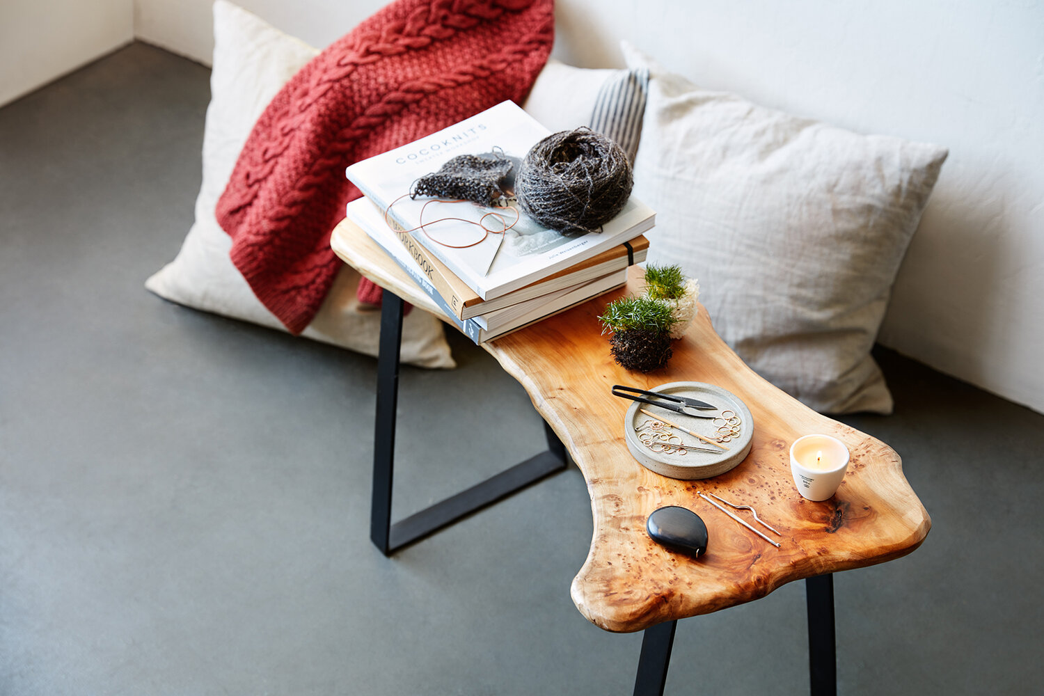 CocoKnits_StillLife_Bench_Candle.jpg