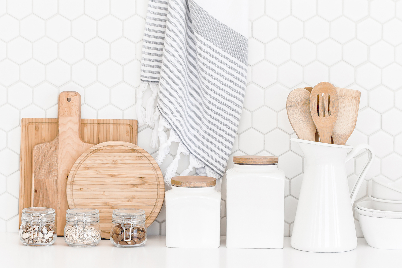 tidy_kitchen_counter.jpg