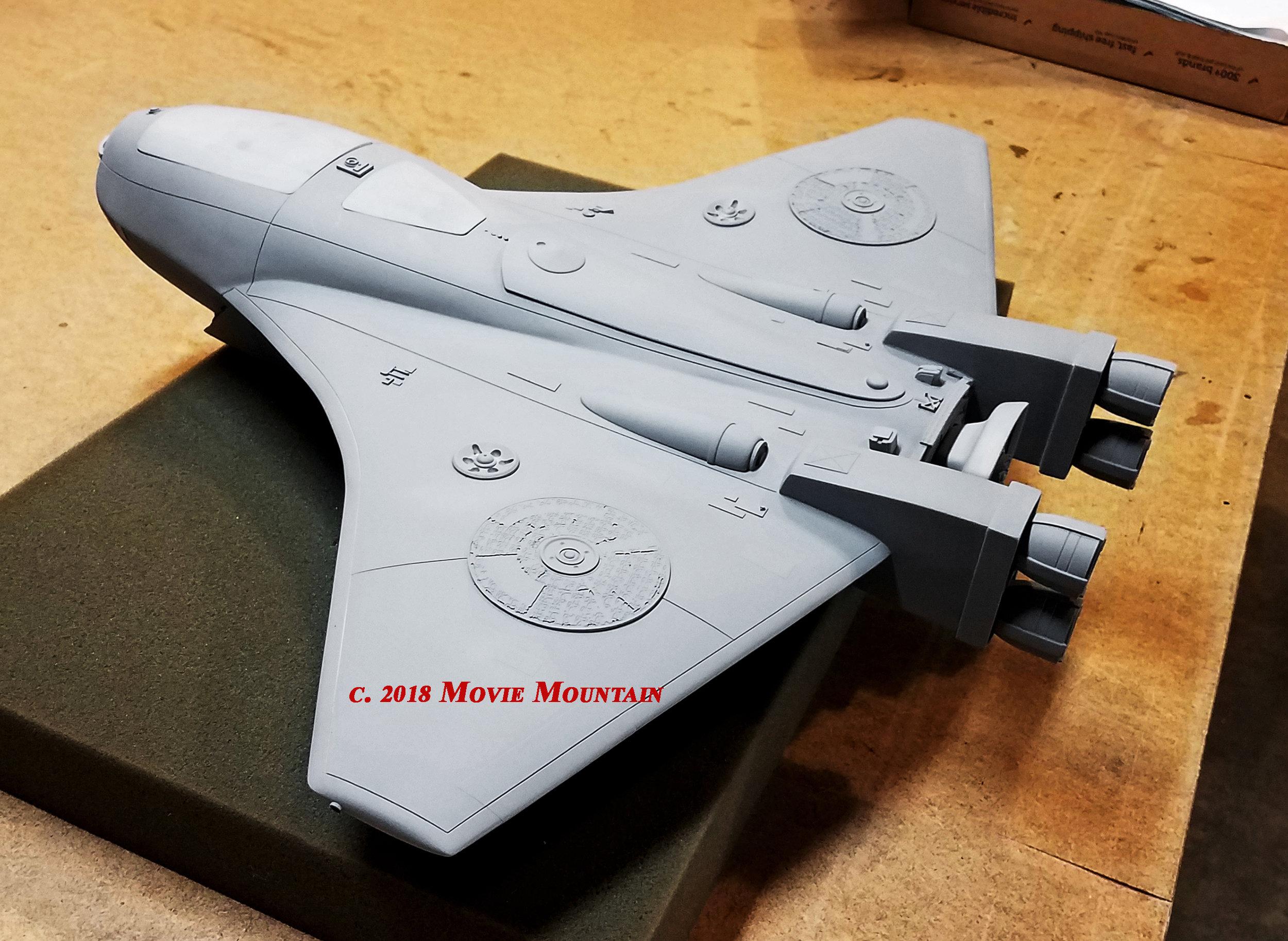Ship Grey Back Angle SMW.jpg