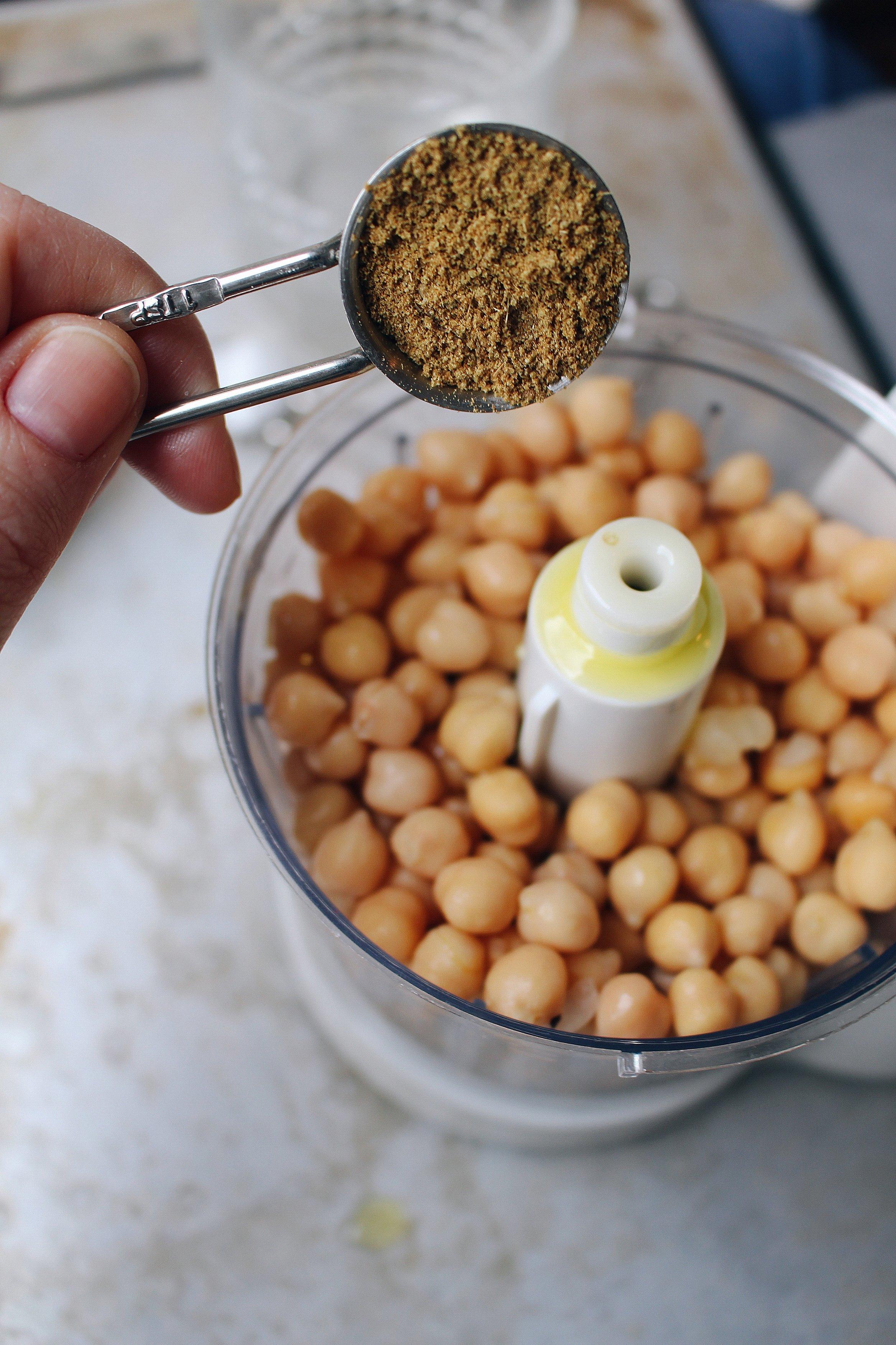 hummus-cumin-recipe-callherchef.jpeg