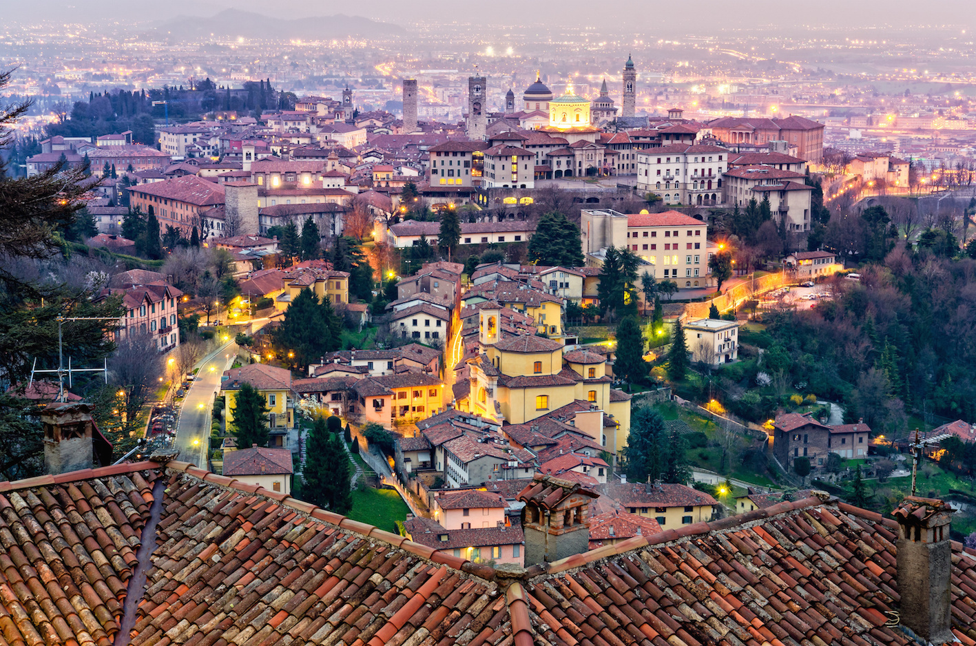 Panorama di Bergamo all'imbrunire