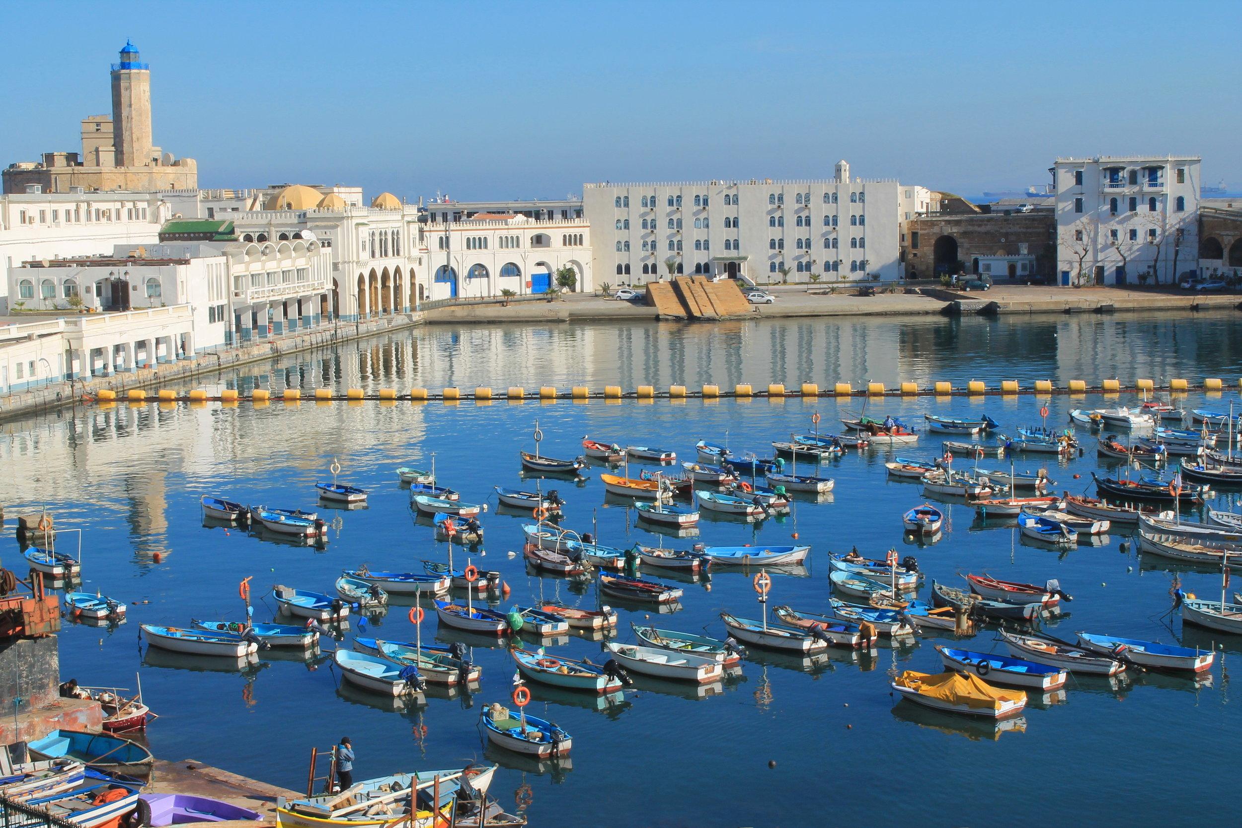 Porticciolo di pescatori di Algeri
