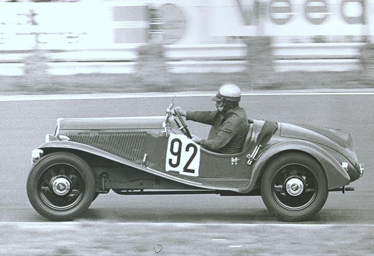 Fiat_1932_120anniversary_Balilla_sport_tablet portrait_730x50015.jpg