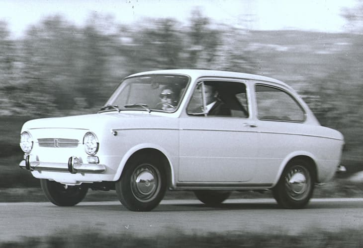 Fiat_1968_120anniversary_124_850_city_taxi_tablet portrait_730x50017.jpg