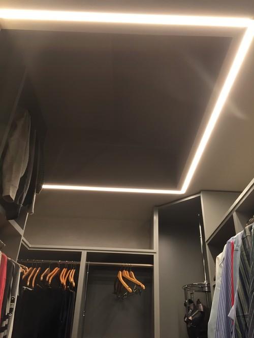 contemporary-closet.jpg