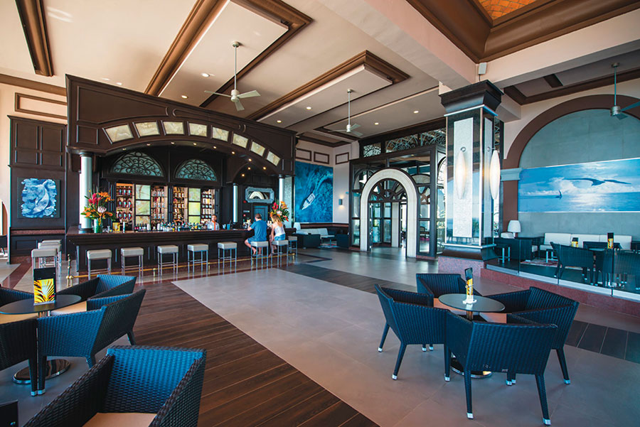bar-4-hotel-riu-palace-cabo-san-lucas_tcm55-169364.jpg