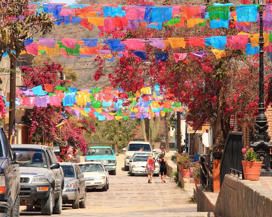 fiesta-flags.jpg