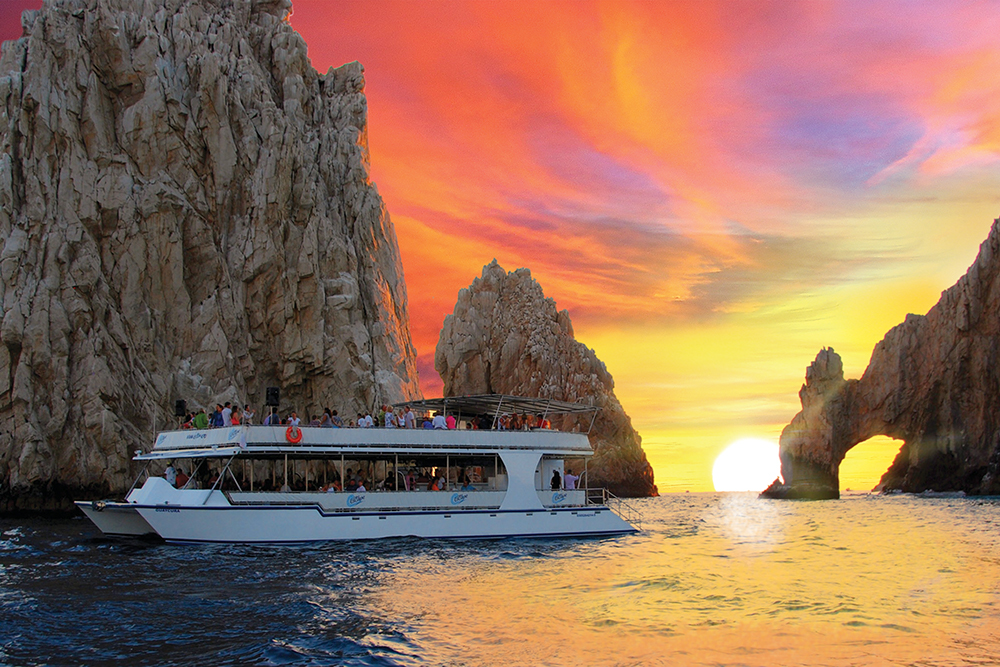 SUNSET DINNER CRUISE - Set sail with us on a 75 foot luxury catamaran as we cruise around Lands End and along the Pacific Coast. Relax and enjoy music, drinks, a freshly prepared Mexican feast while gazing at a stunning Cabo sunset. Dancing on the top deck to finish!