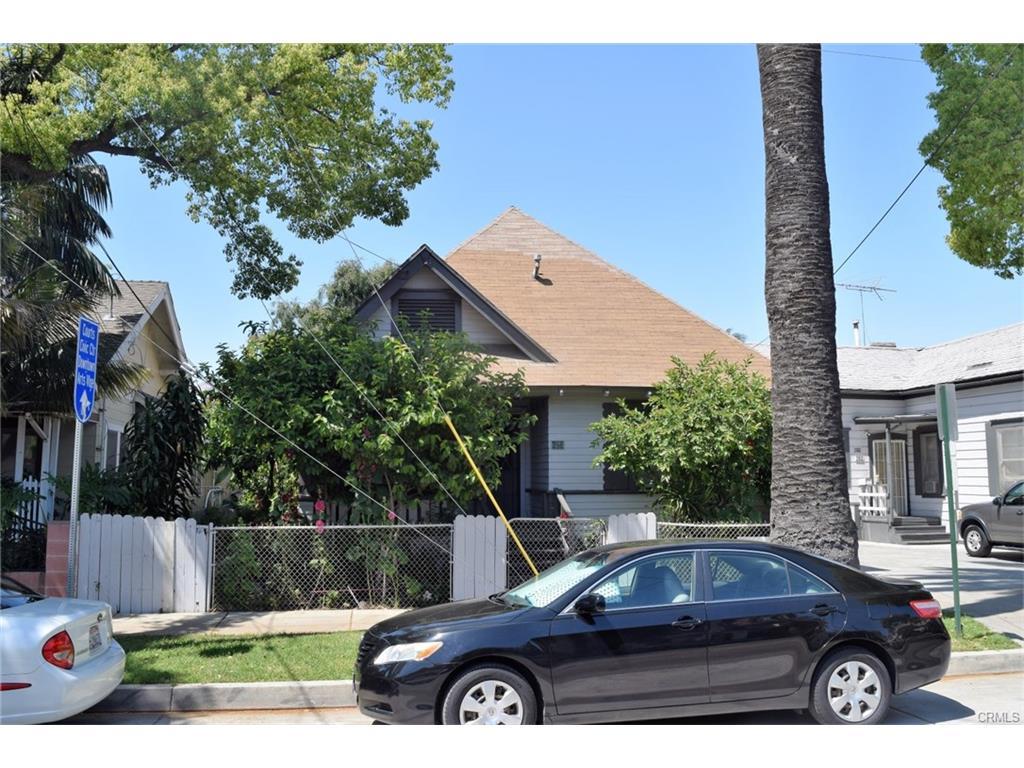 623 and 625 E. Santa Ana Blvd, Santa Ana   $1,100,000  7 Units | $157,140/unit | $85,200 GSI | 4,106 sqft | Built 1922 | $273.90/sqft