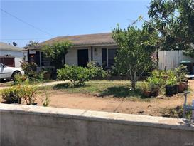 1033 W 18th St   , Costa Mesa   $500,000   2  beds  1  full baths |  1,079  sqft |  7,375  sqft lot | Built in  1950 | $463.39/sqft | SFR
