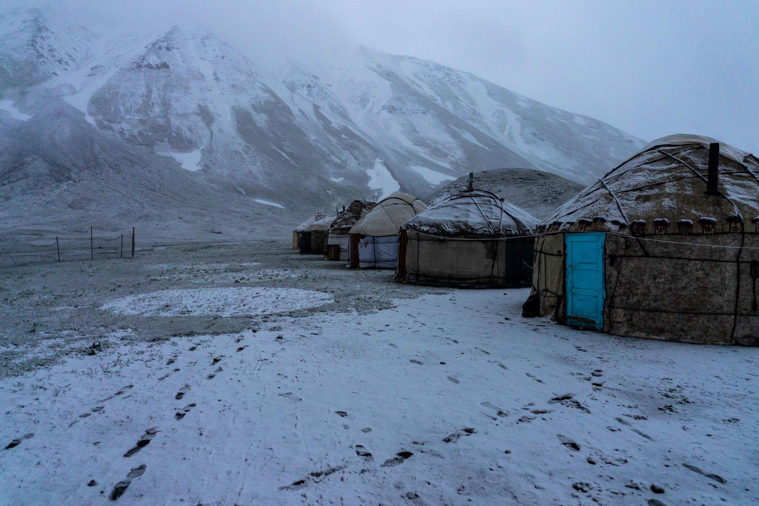 Yurt Base Camp 3,500m