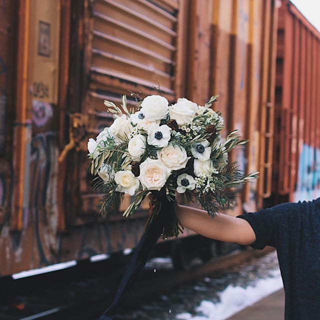 this was moving 🚃 also turns out having a flower team is a lot more fun and a lot less literal headaches   cc: lex & mom & court