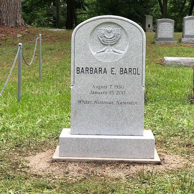 Monument#headstone#cemetery#