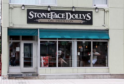stonedfaced-dollys.jpg