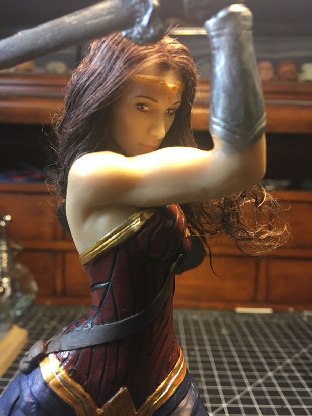 Gal-Gadot-WONDER-WOMAN-movie-8-inch-statue.jpg