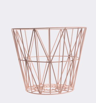 Wire basket in colors