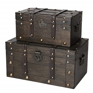 wooden trunk chest