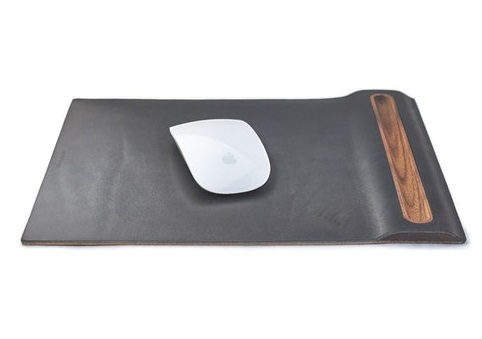 leather/walnut mouse pad