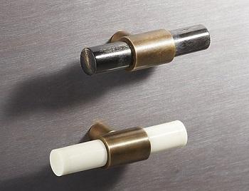 horn & bone knobs