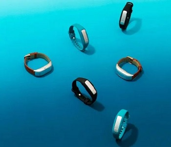 bracelets that help kick bad habits