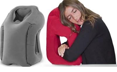 Woollip travel pillow