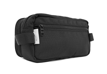 Dopp kit by Dsptch