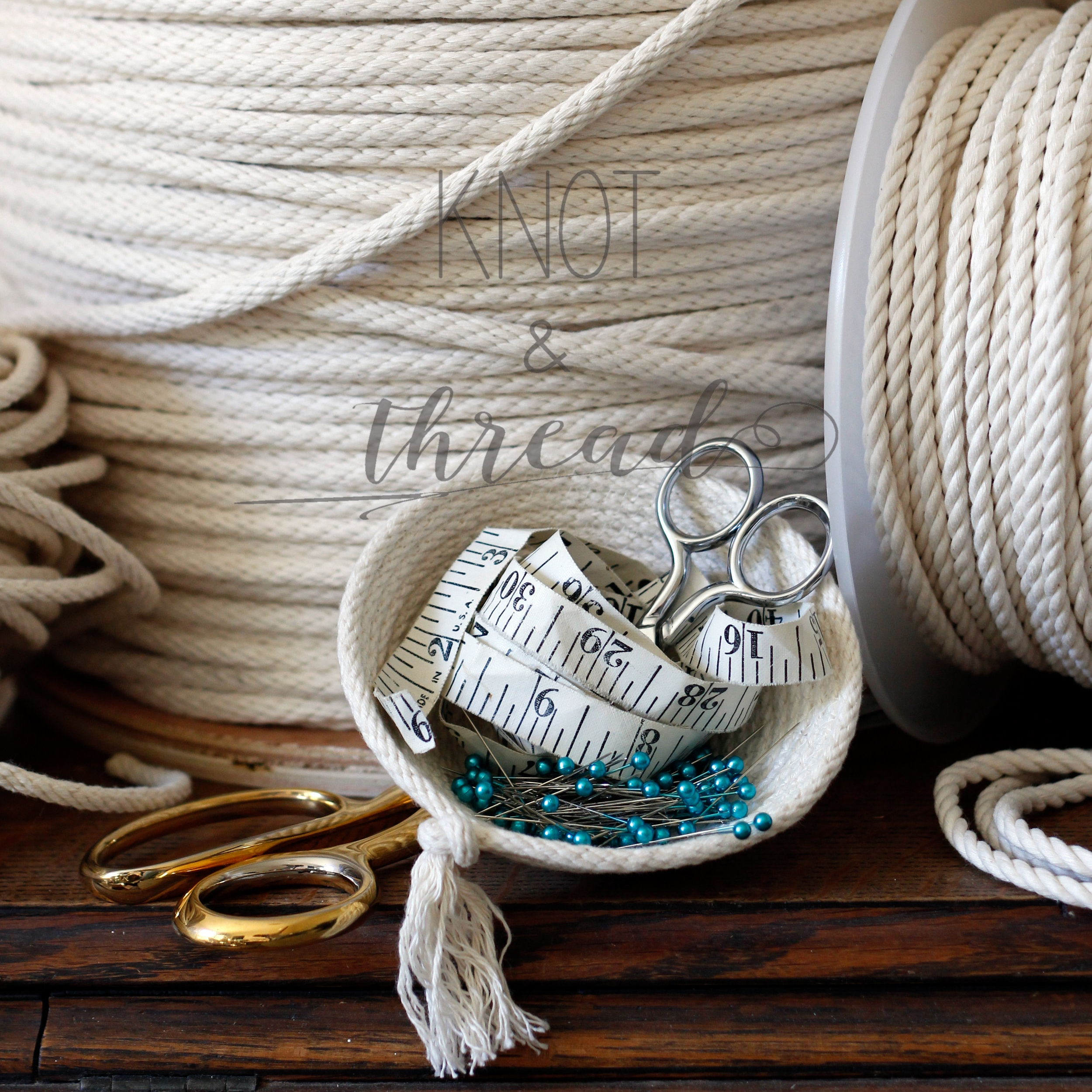 Knot & Thread closeup of rope.JPG