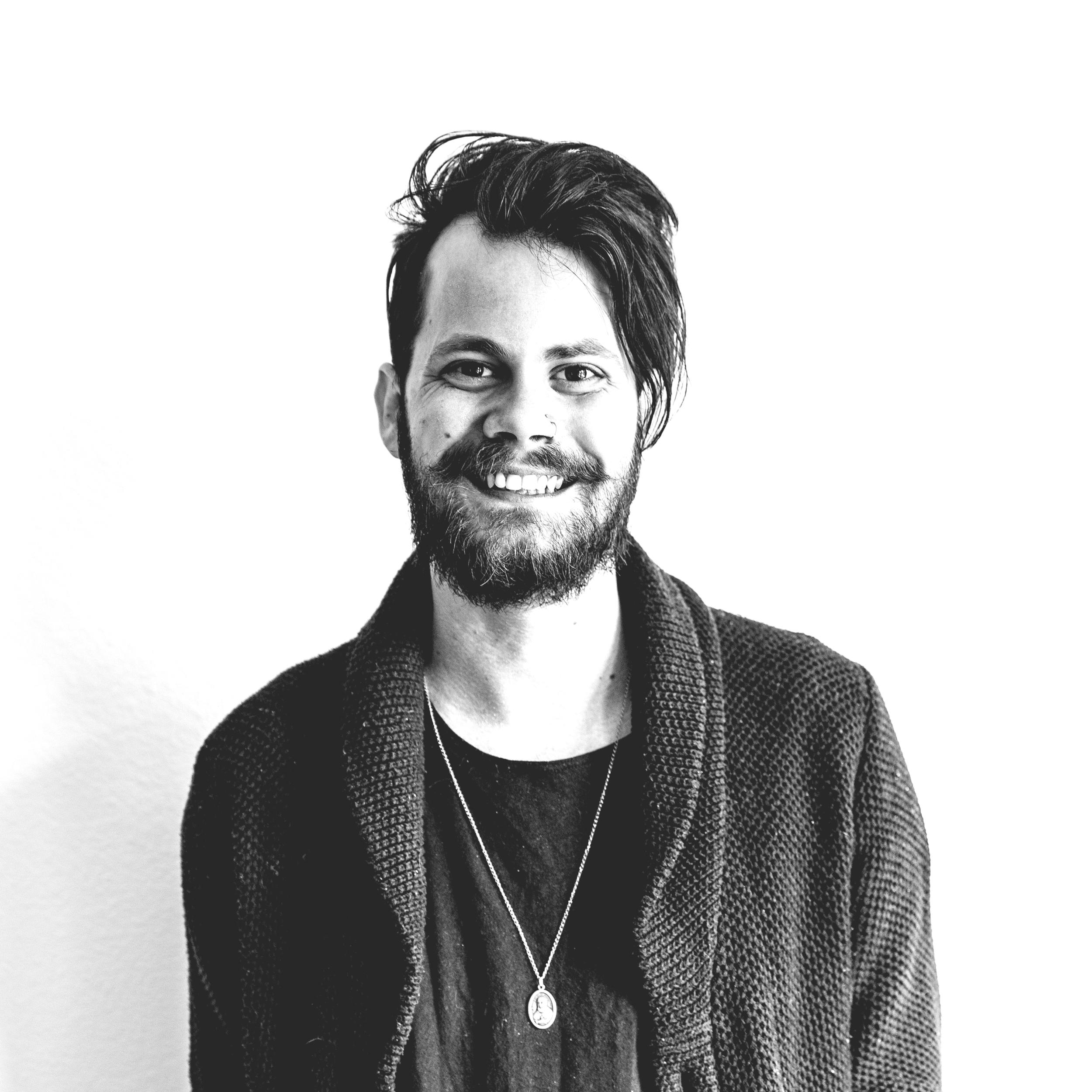 Lucas Buckels | Headshot.png
