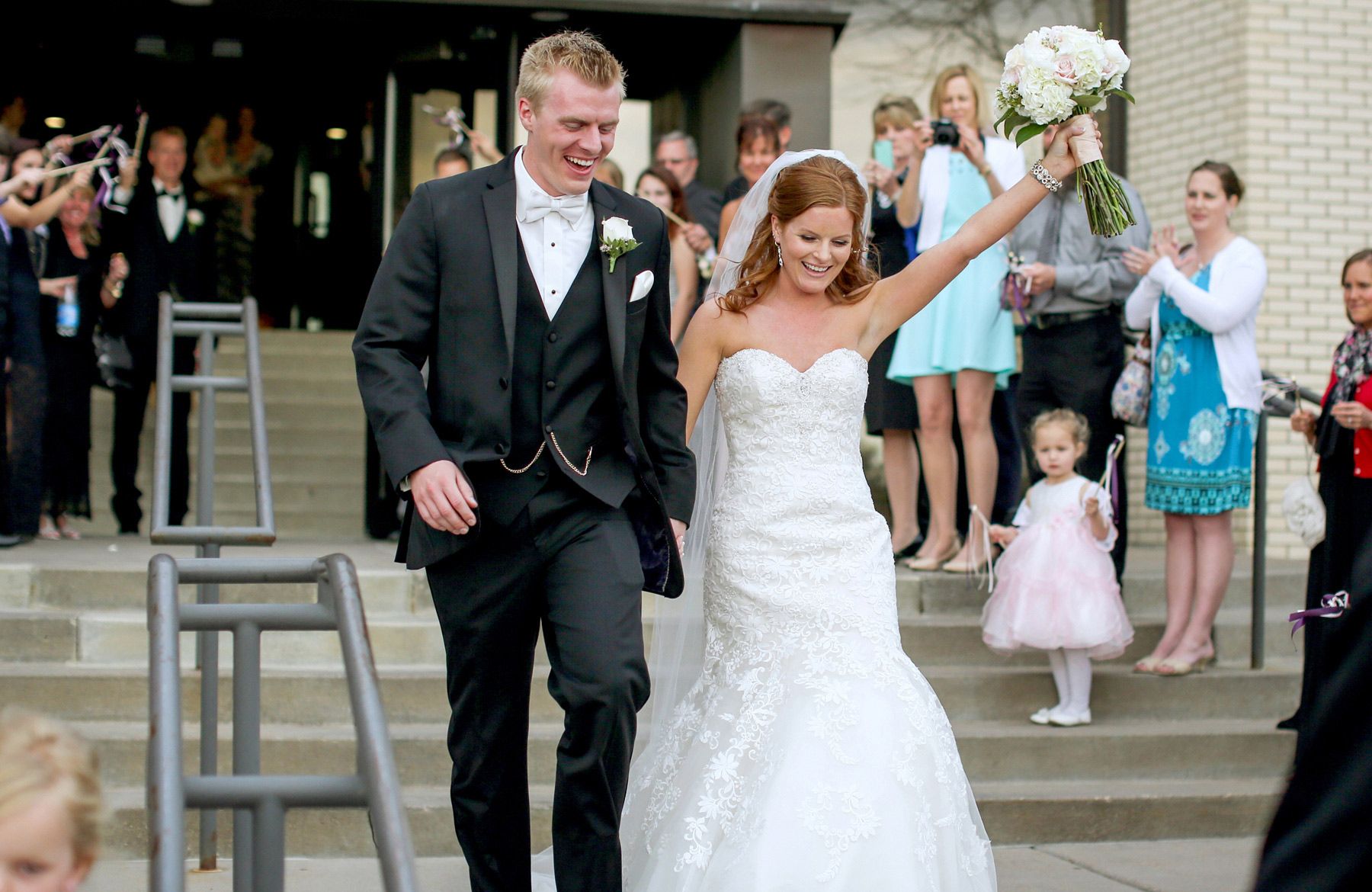 10-Minneapolis-Minnesota-Wedding-Photography-by-Vick-Photography-Ceremony-Woodbury-Lutheran-Church-Tianna-&-Matt.jpg
