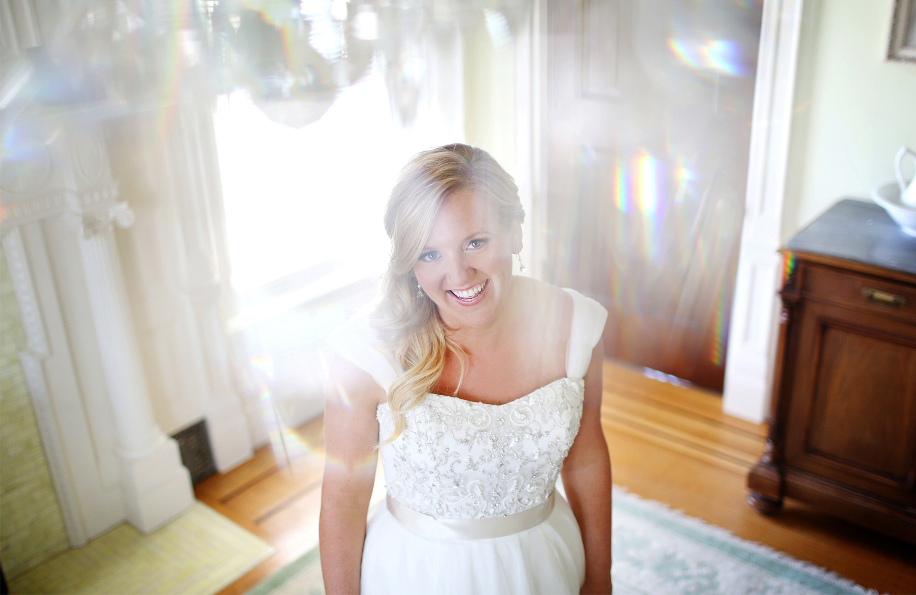 03-Minneapolis-Minnesota-Wedding-Photography-by-Vick-Photography-Van-Dusen-Mansion-Wedding-Dress-Taryn-&-Scott.jpg