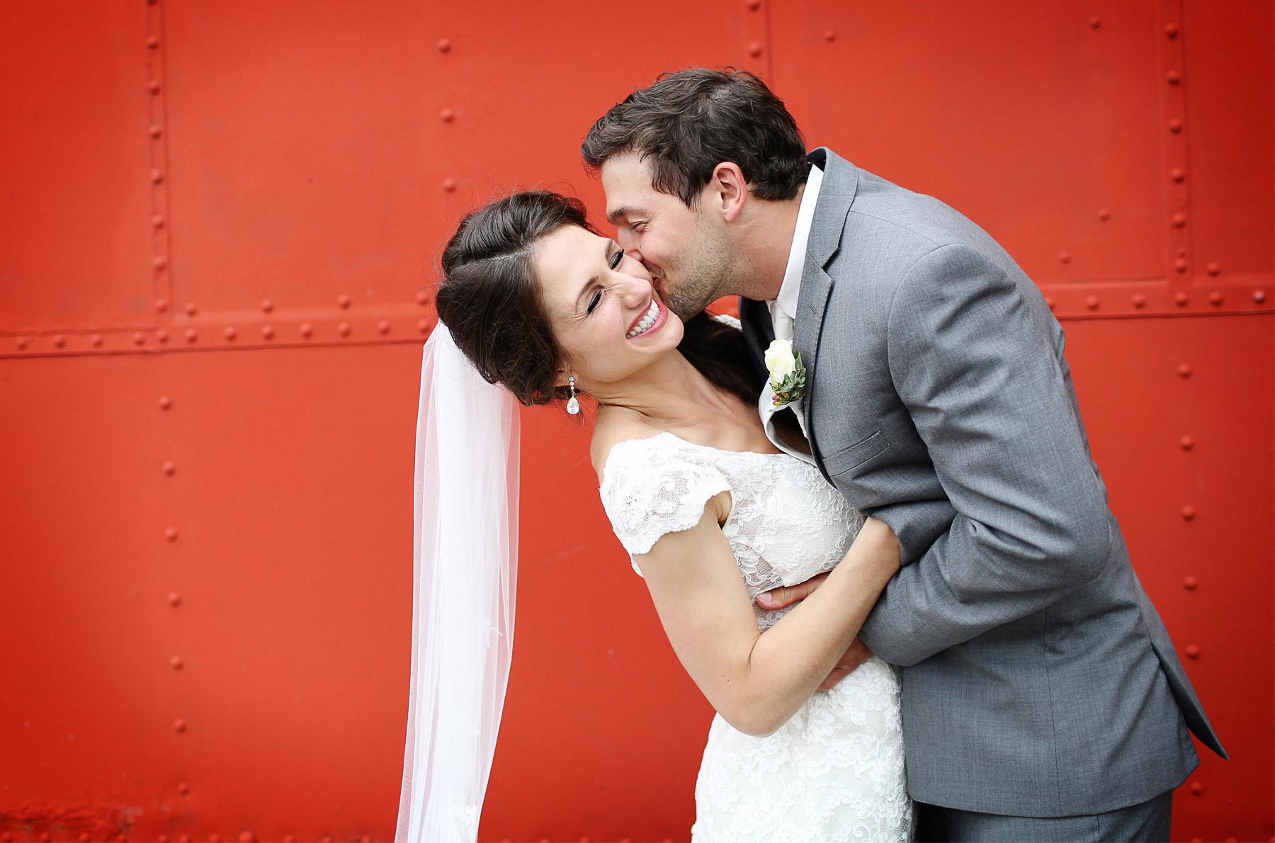 11-Stillwater-Minnesota-Wedding-Photography-by-Vick-Photography-Alicia-&-Cole.jpg