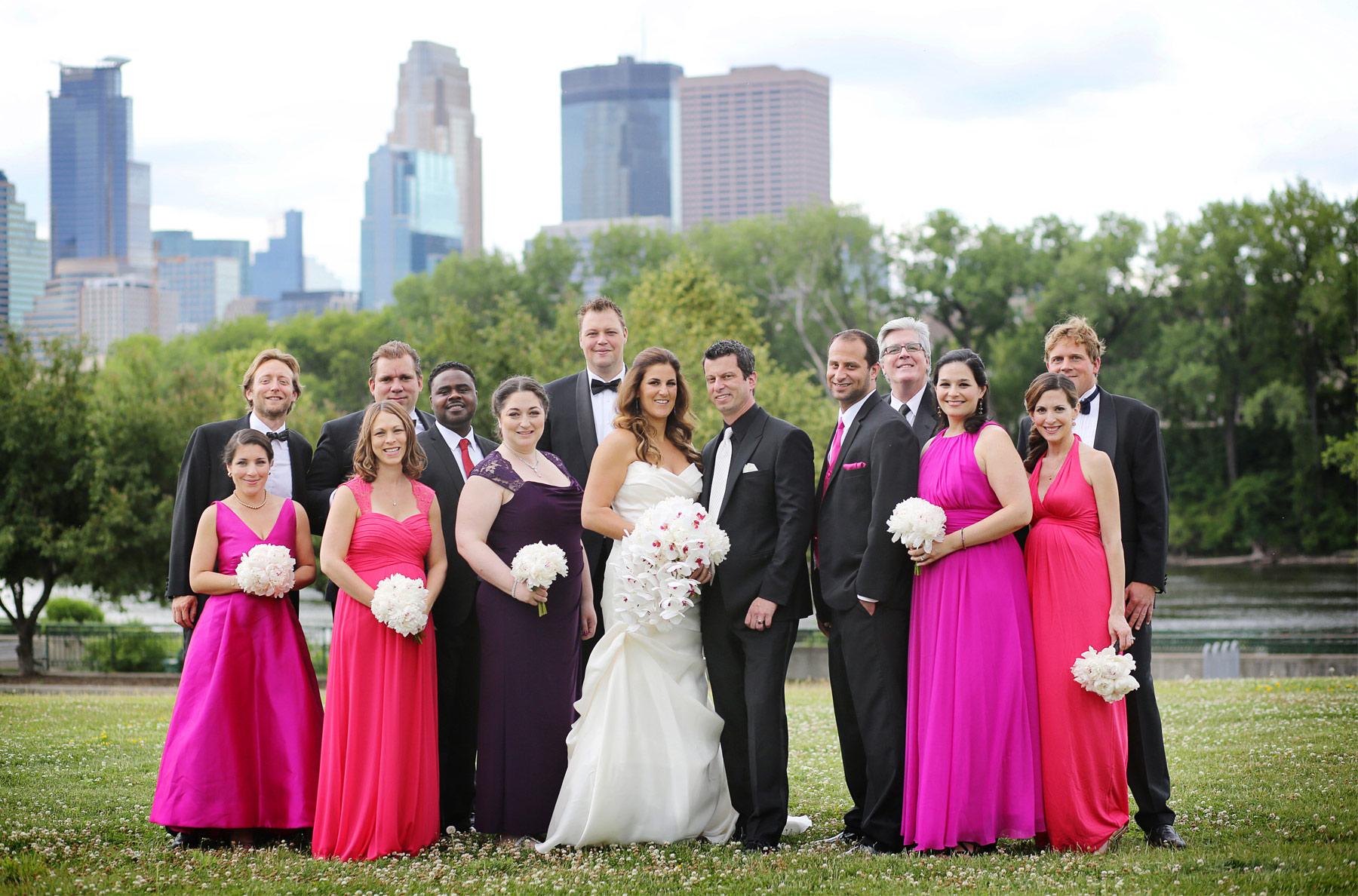 06-Minneapolis-Minnesota-Wedding-Photography-by-Vick-Photography-Aria-Downtown-Wedding-Party-Layne-&-Dan.jpg