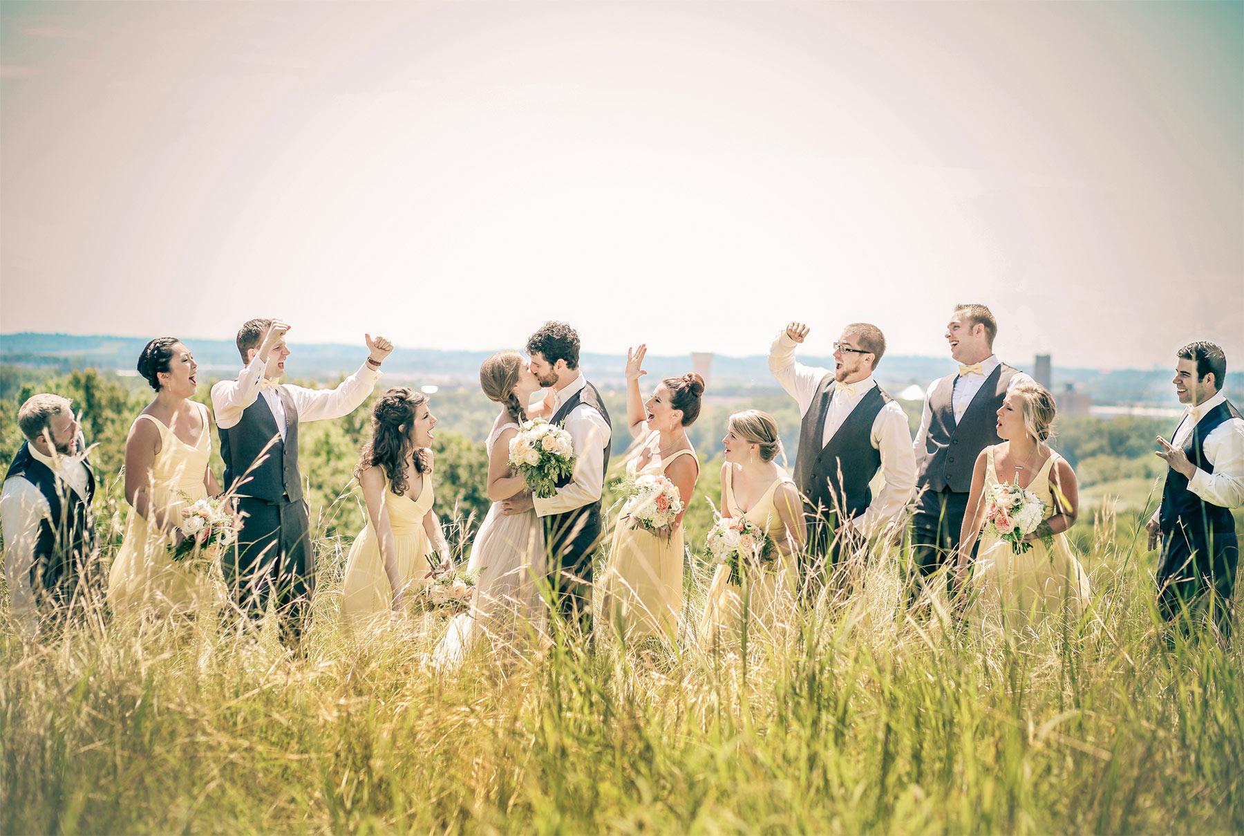 05-Minneapolis-Minnesota-Wedding-Photography-by-Vick-Photography-Field-Blue-Sky-Wedding-Party-Group-Sarah-&-Tom.jpg