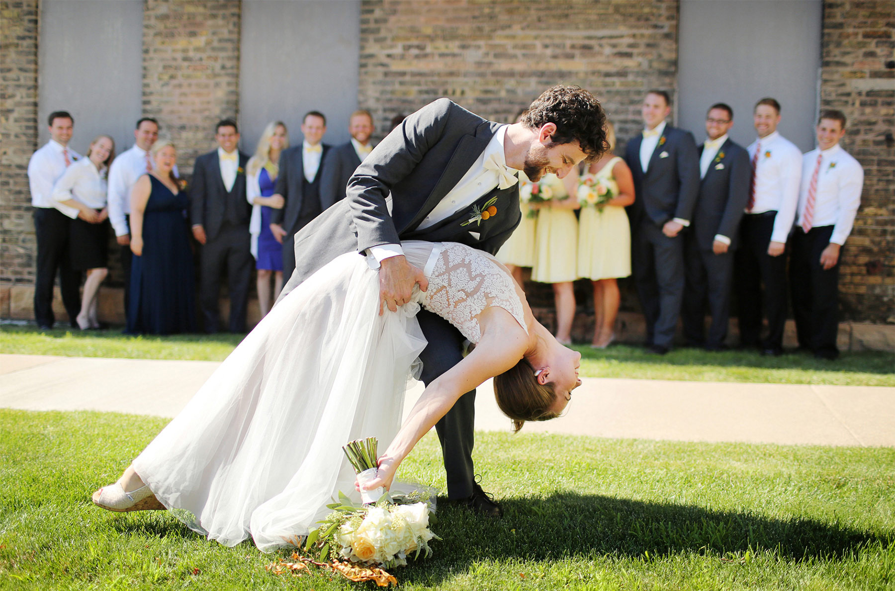 16-Minneapolis-Minnesota-Wedding-Photography-by-Vick-Photography-Downtown-Wedding-Party-Group-Sarah-&-Tom.jpg