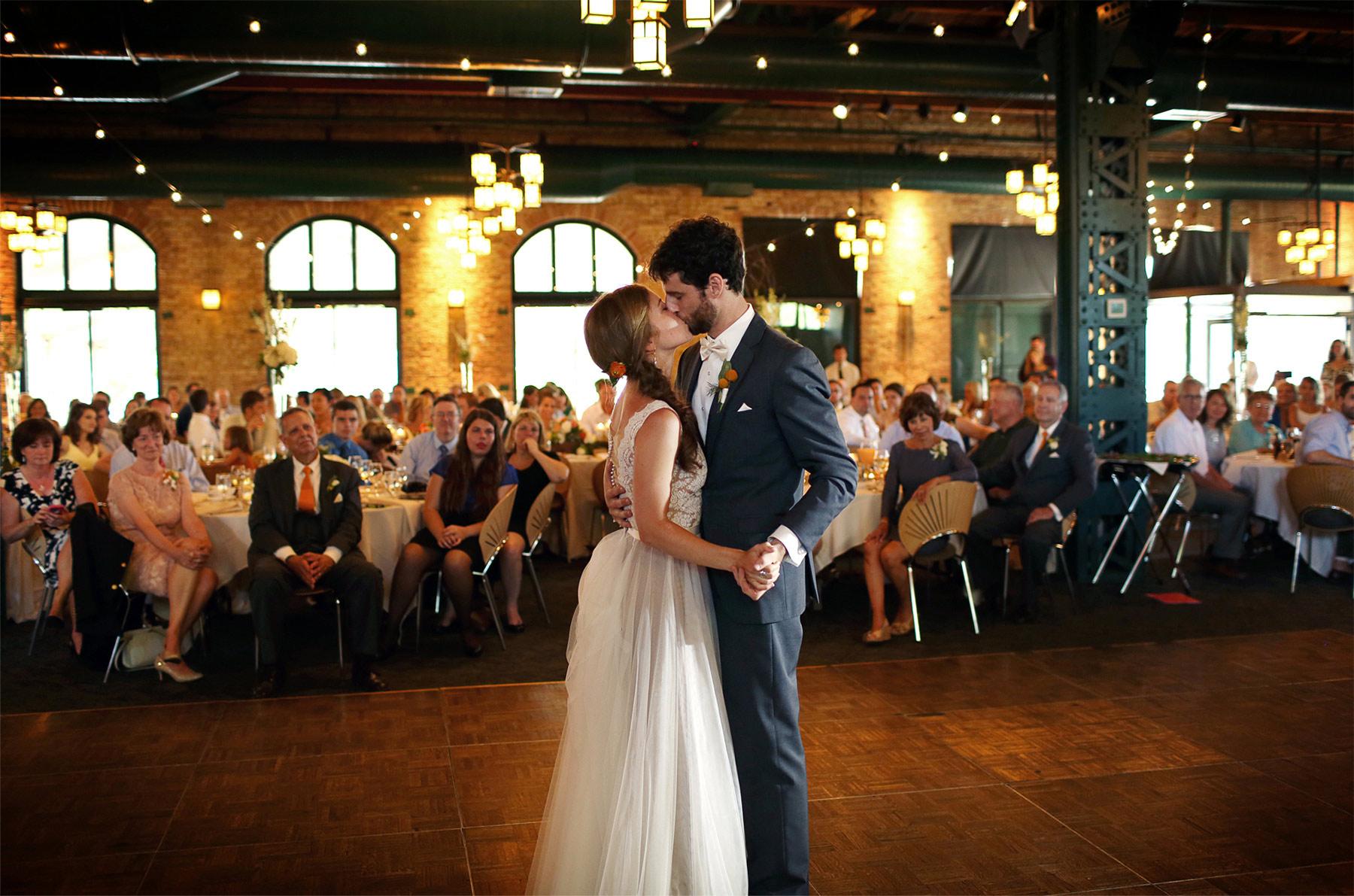 20-Minneapolis-Minnesota-Wedding-Photography-by-Vick-Photography-Downtown-Reception-Nicollet-Island-Pavillion-First-Dance-Sarah-&-Tom.jpg