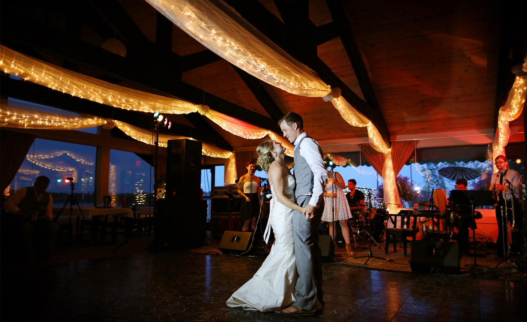21-Brainerd-Minnesota-Wedding-Photography-by-Vick-Photography-Craguns-Resort-Reception-Lucy-&-Matt.jpg