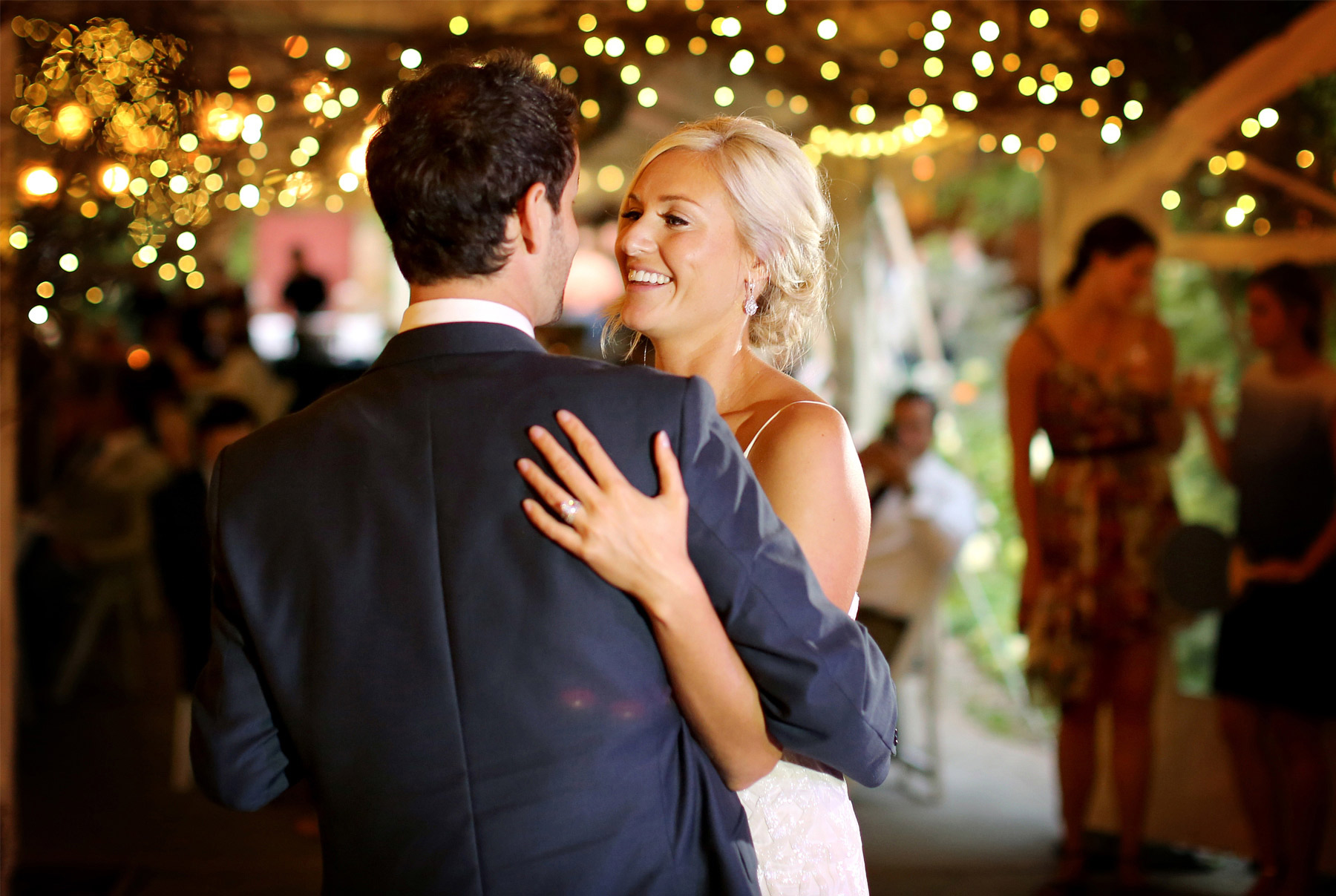 18-Stillwater-Minnesota-Wedding-Photography-by-Vick-Photography-Camrose-Hill-Reception-First-Dance-Tina-&-Eric.jpg