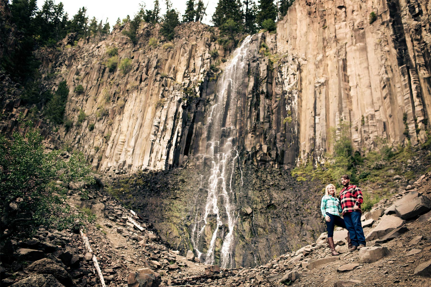 07-Bozeman-Montana-Engagement-Photos-by-Vick-Photography-Destination-Rustic-Mountain-Fields-Molly-&-Carson.jpg