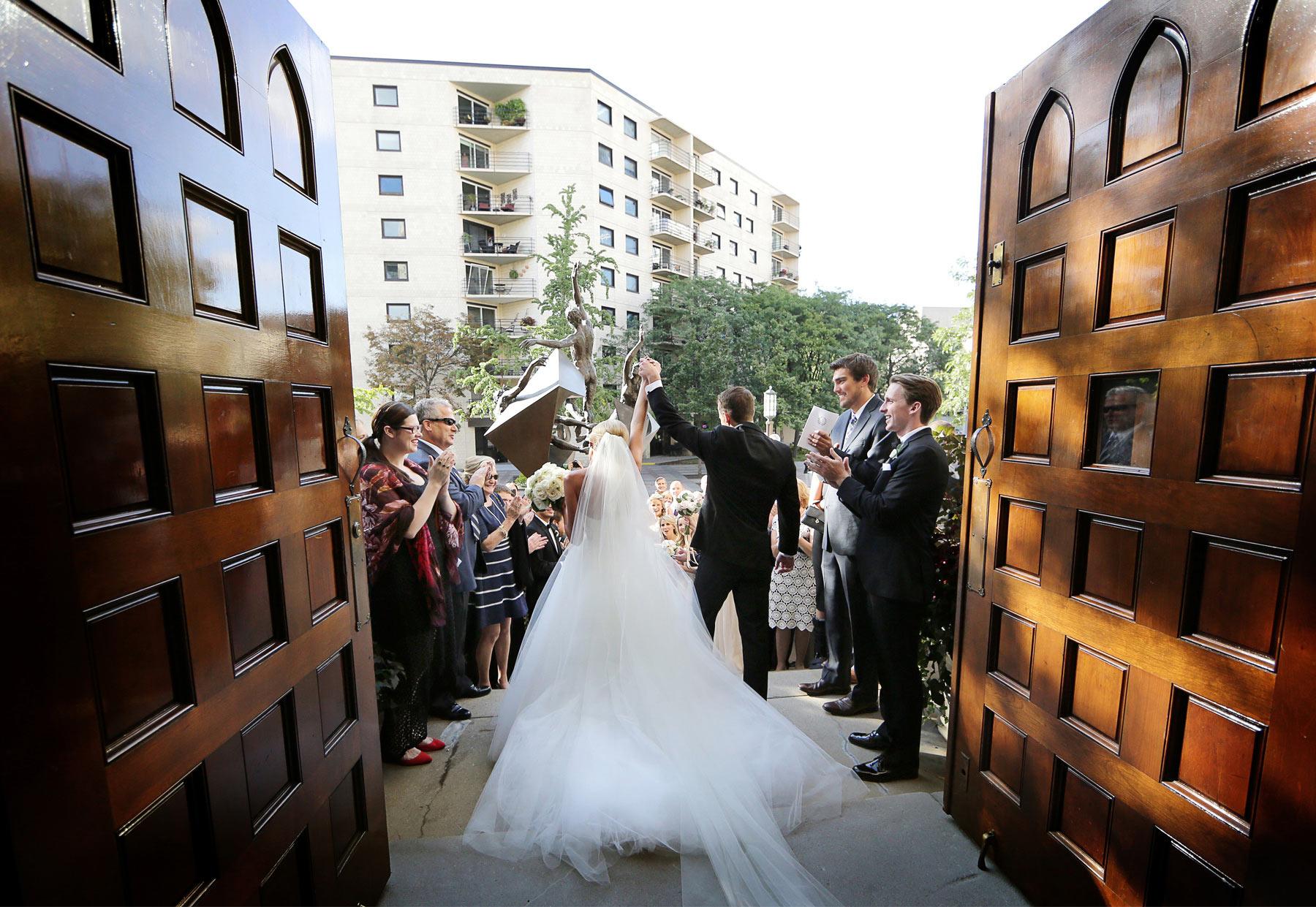 14-Minneapolis-Minnesota-Wedding-Photography-by-Vick-Photography-Westminister-Presbyterian-Ceremony-Sarah-&-Brett.jpg